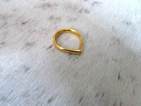 Tawny Phillips Gold Skinny Teardrop Ring