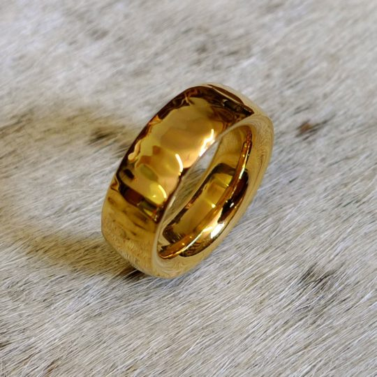 Tawny Phillips - Heavyweight Ripple Gold Wedding Ring