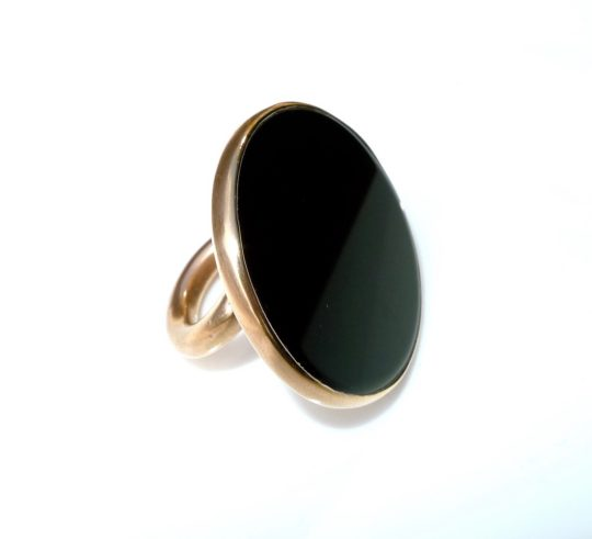 Tawny Phillips Onyx Disc Gold Twist Dress Ring